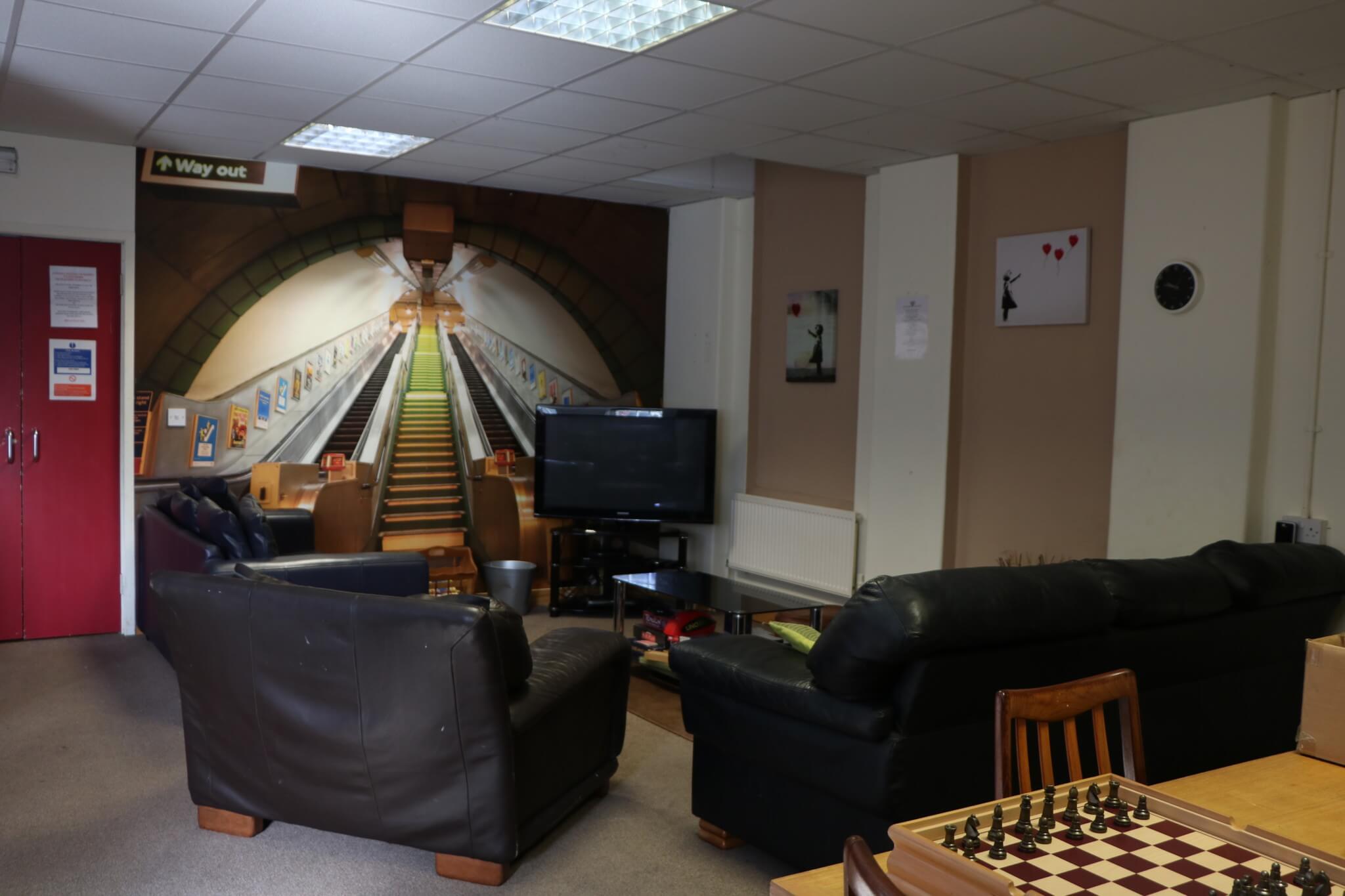 Winston Court - Lounge